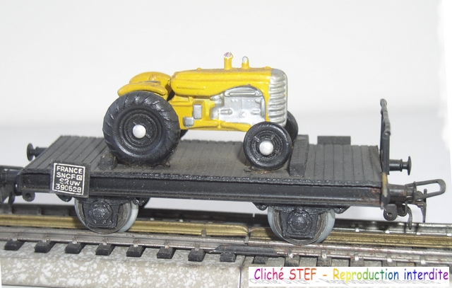 Wagons plats 2 ess maquette et semi maquette chargés par ordre alphabetique 120403083108878979666759