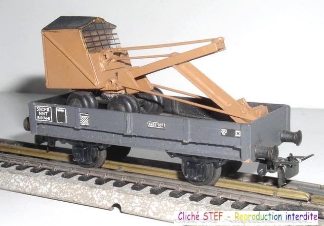 Wagons plats 2 ess maquette et semi maquette chargés par ordre alphabetique 120403083306878979666771