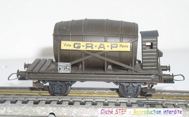 Wagons à 2 ess maquette citernes, foudres 120410071422878979701176