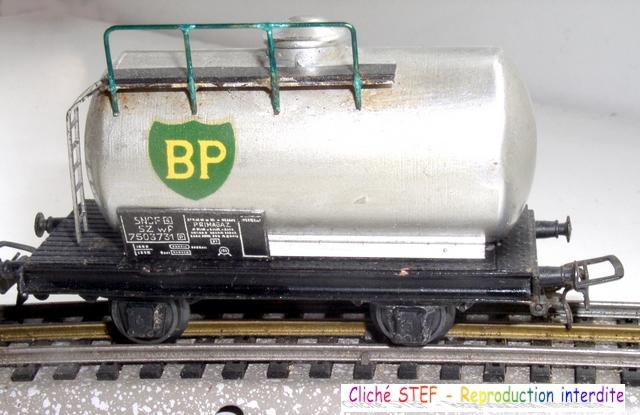 Wagons à 2 ess maquette citernes, foudres 120411040147878979704601