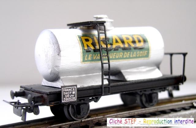 Wagons à 2 ess maquette citernes, foudres 120411040150878979704607