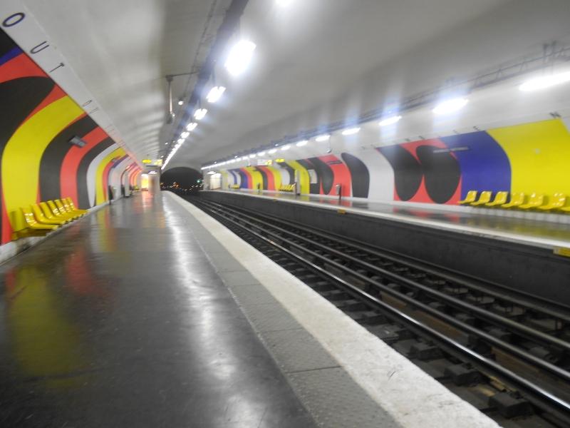 Métro Assemblée Nationale ligne 12