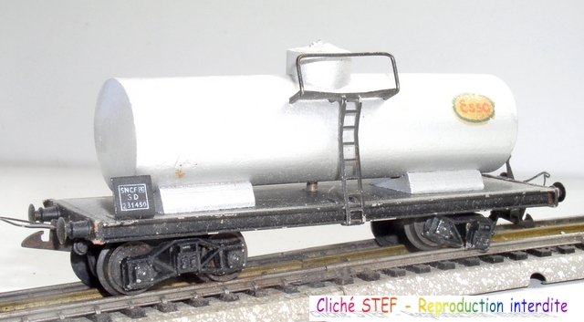 Wagons de marchandises 120414075401878979718745