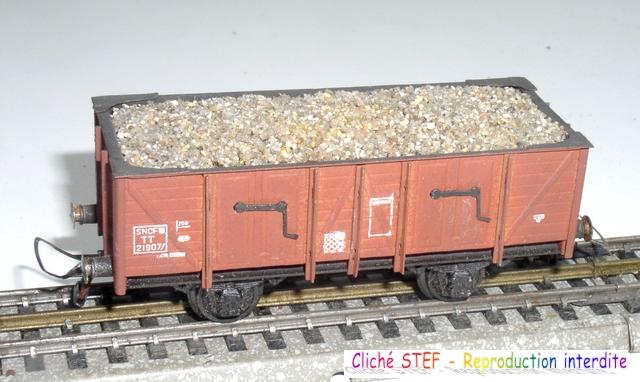 Wagons tombereau 2 essieux maquette chargés 120414080741878979718881