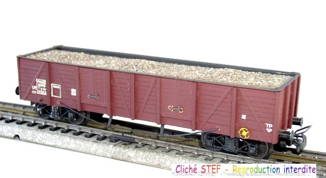 Wagons tombereaux à bogies maquette chargés 120416013017878979725857