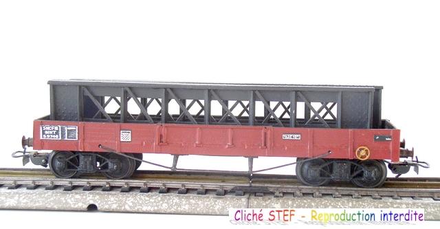 Wagons plats à bogies maquette et semi maquette chargés 120416025237878979726097