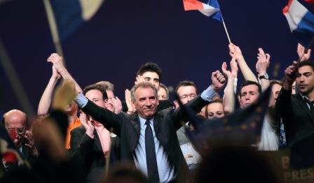 Hoe regionale talen vriendelijk (en dus voorstander van het Frans-Vlaams) zijn de kandidaten van de presidentiële verkiezingen van 2012? - Den draed 1204191236311419619739264