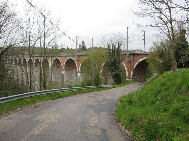 Deux sites remarquables sur Lyon-Grenoble 120421075515992679749061