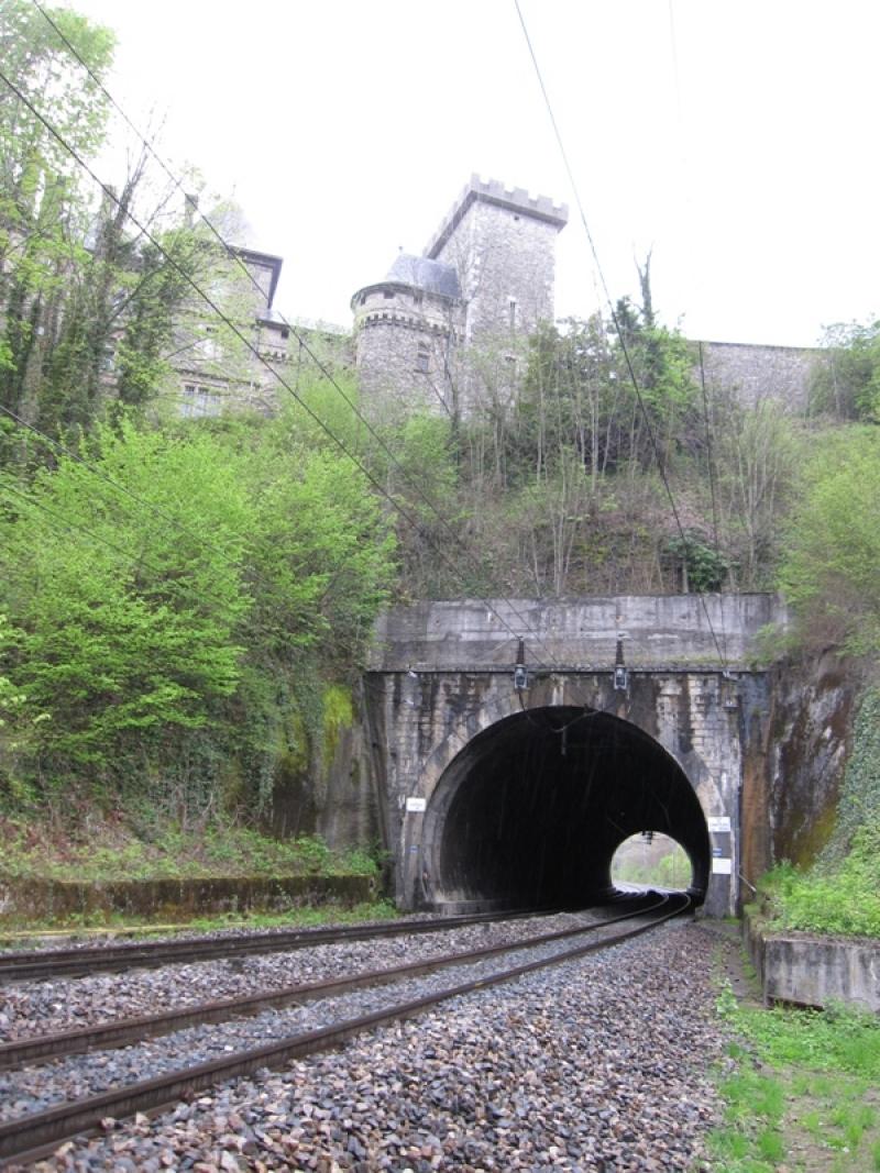 Deux sites remarquables sur Lyon-Grenoble 120421080950992679749139