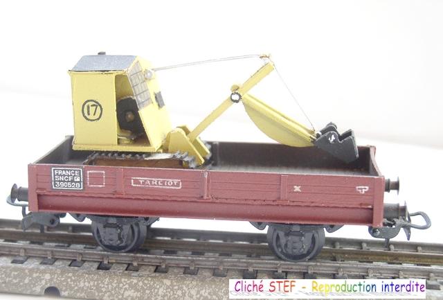 Wagons plats 2 ess maquette et semi maquette chargés par ordre alphabetique 120422020102878979751592