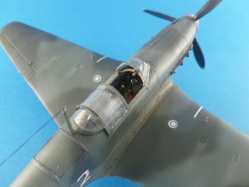 Le yak-9D de Jacques de sazint Phalle maquette au 1/48 1204231137351476839759256