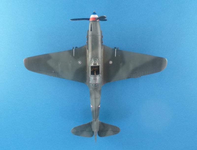 Le yak-9D de Jacques de sazint Phalle maquette au 1/48 1204241213351476839759362