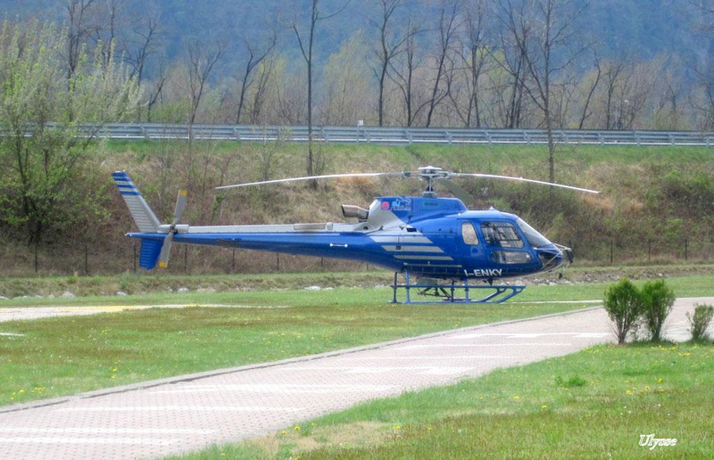 Hélicoptères divers- Italie 1204281205441370509776817
