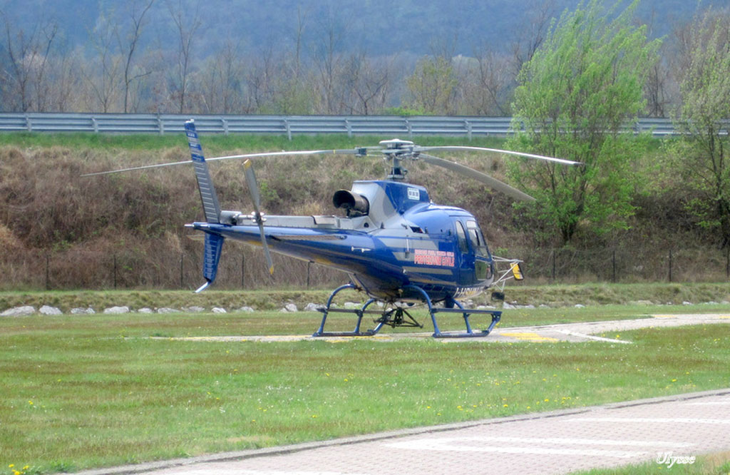 Hélicoptères divers- Italie 1204281205441370509776819