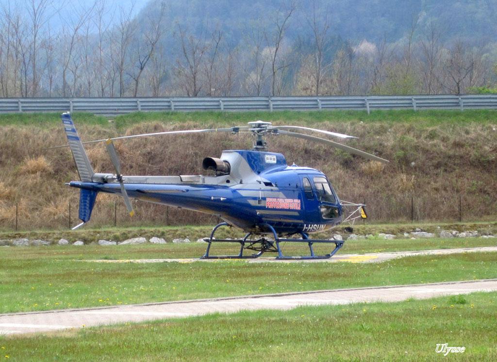 Hélicoptères divers- Italie 1204281209401370509776857