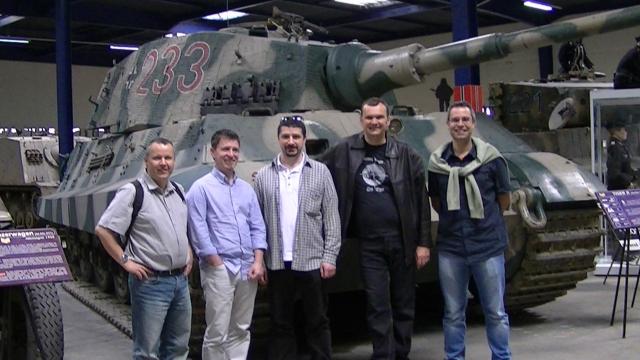 Visite du musée des blindés de Saumur le 7 mai 2011 1205060438151415039814336