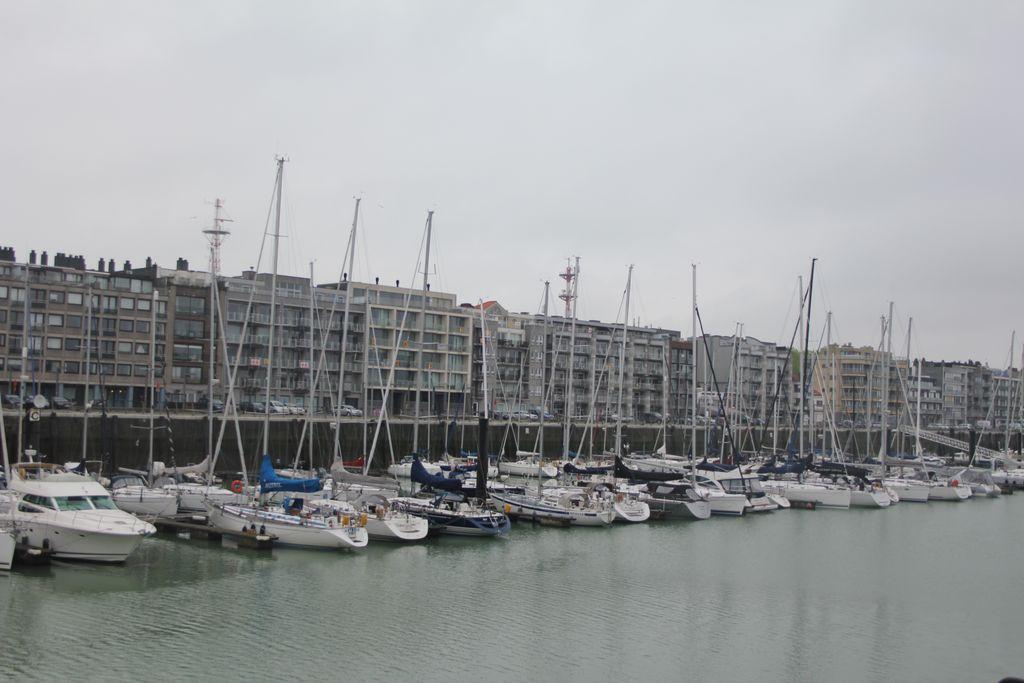 Visite à Zeebrugge, et à sa base navale 1205131205411394009845713
