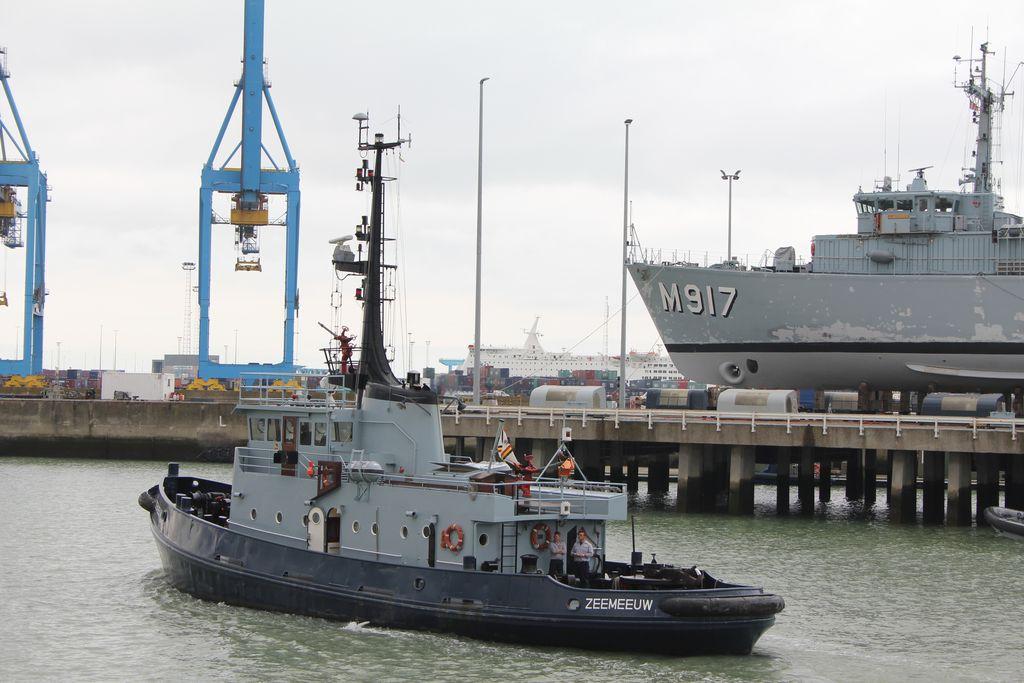 Visite à Zeebrugge, et à sa base navale 1205131244071394009845815