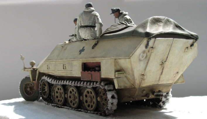 Sd.Kfz 251/1 Ausf.D Dragon 1/35 120524044824667019894650