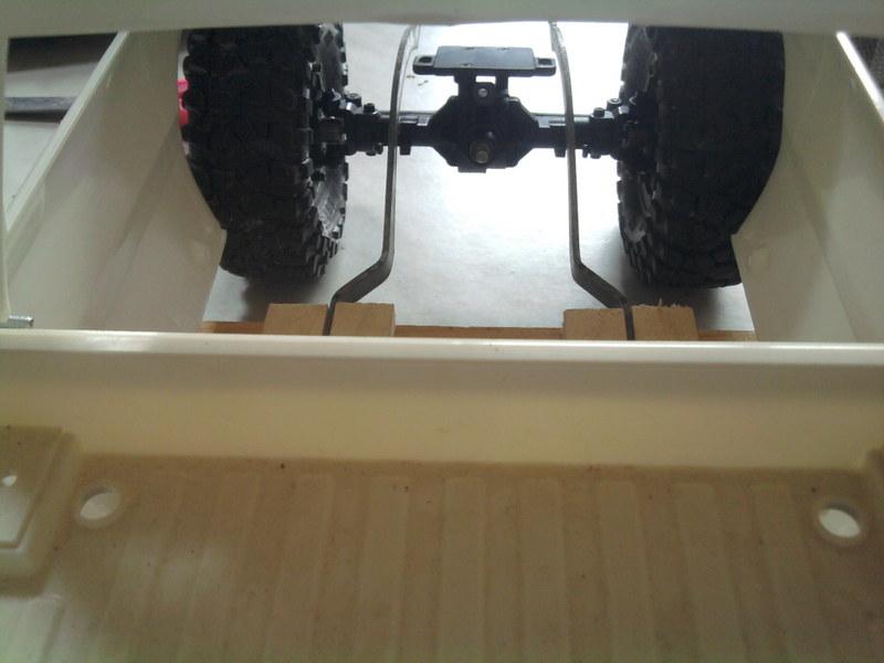 [Losi Mini Rock Crawler] Toyota Hilux, ponts Losi Mini Rock Crawler 1206240721352281110023424