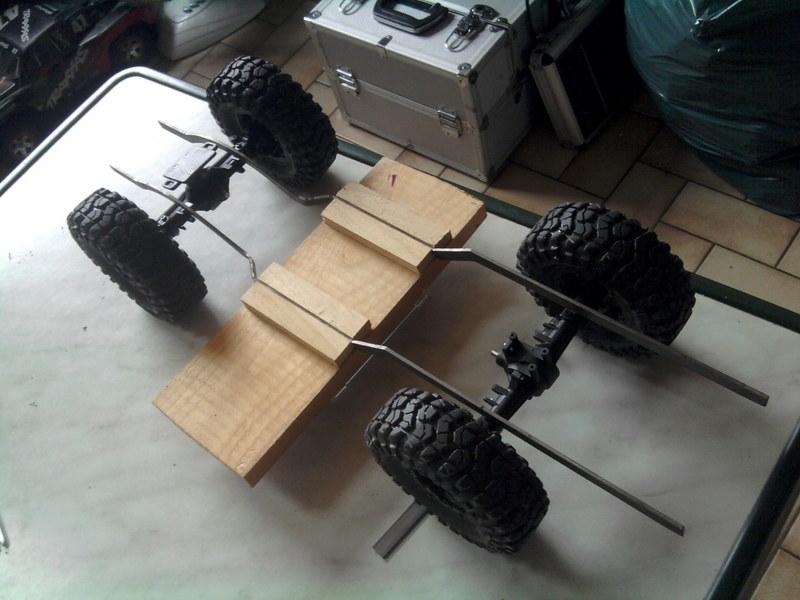[Losi Mini Rock Crawler] Toyota Hilux, ponts Losi Mini Rock Crawler 1206240721362281110023427