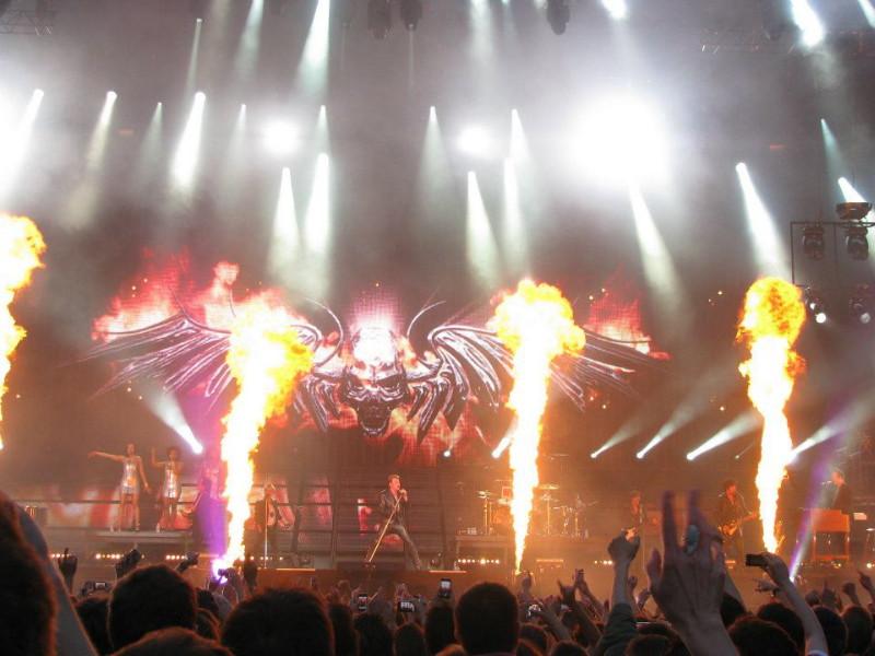 "Set list ""TOUR 2012"" JOHNNY HALLYDAY 24/04/2012 Orpheum Theatre (Los Angeles) 12062810151414236110041688"