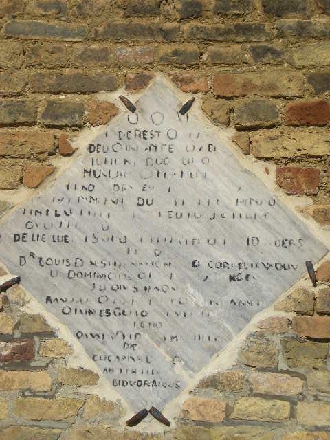 Frans-Vlaamse en oude Standaardnederlandse teksten en inscripties - Pagina 6 12070212054814196110052993