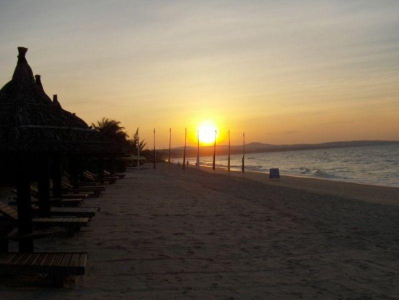 les plus belle photos de couchers de soleil - Page 4 12070603060611448110068967