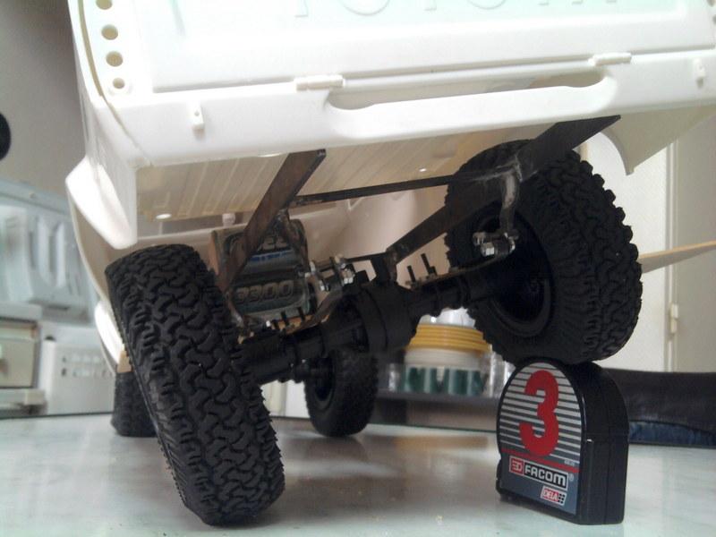 [Losi Mini Rock Crawler] Toyota Hilux, ponts Losi Mini Rock Crawler - Page 3 1207091221502281110078009