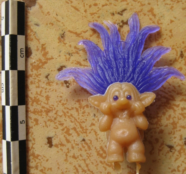Pins, broches et badges trolls (Made In China-sans marque) 12072509055715254110142099