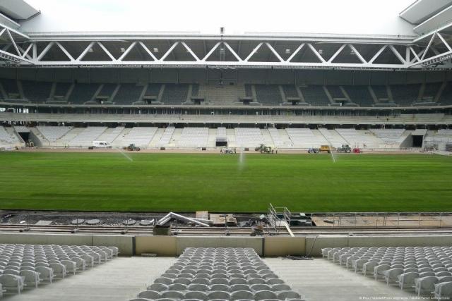 Het nieuwe stadion van Rijsel - Pagina 2 12080508370814196110180293