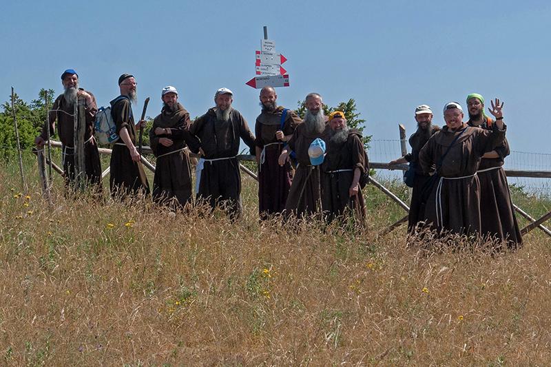 Les pèlerins du Mont Subasio 12081303073814335310204892