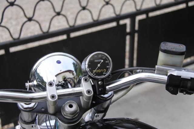 BMW street tracker 1208130954597149610207782