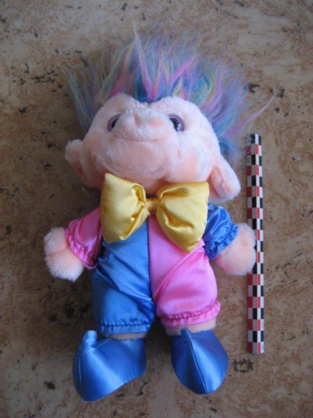 Peluches troll fête foraine, marque Trolio 12081407500515254110210645