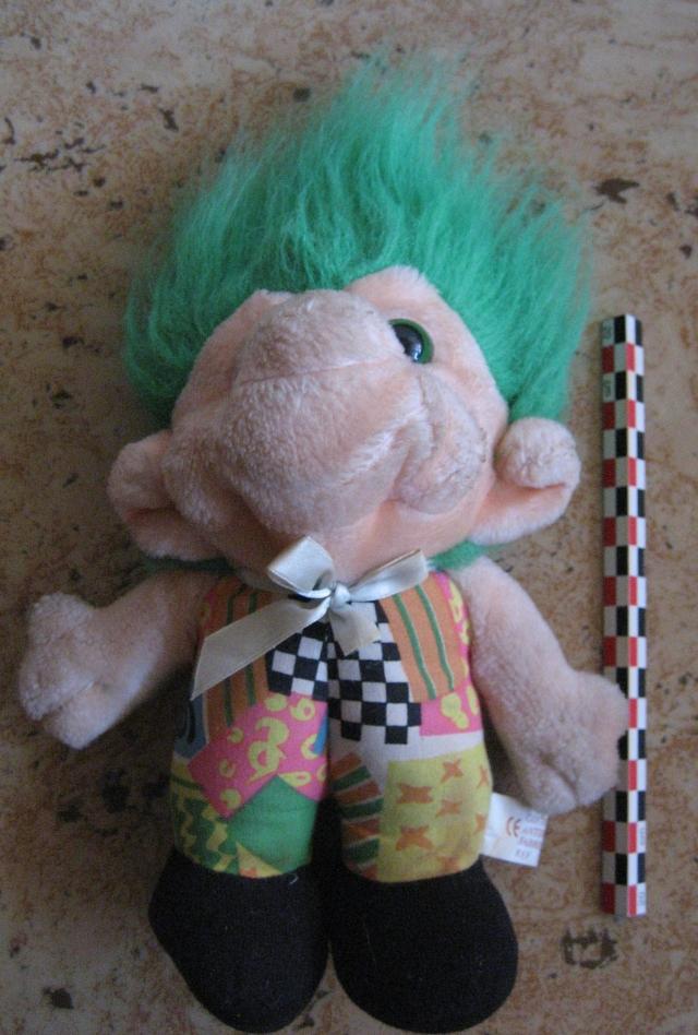 Peluches troll fête foraine, marque Trolio 12081407504415254110210647