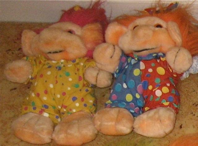 Peluches troll fête foraine, marque Trolio 12081407583215254110210657