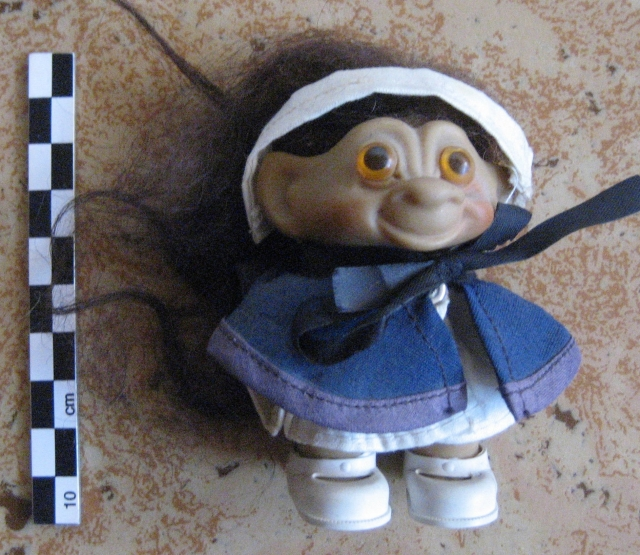 Trolls Wishnik, par Uneeda 12082807273515254110255869
