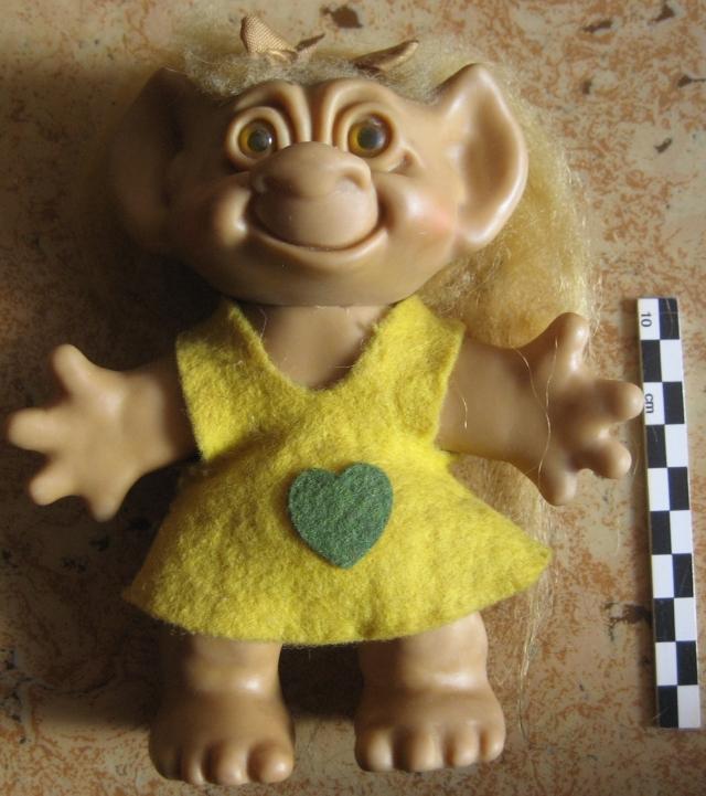 Trolls Wishnik, par Uneeda 12082808063615254110256047
