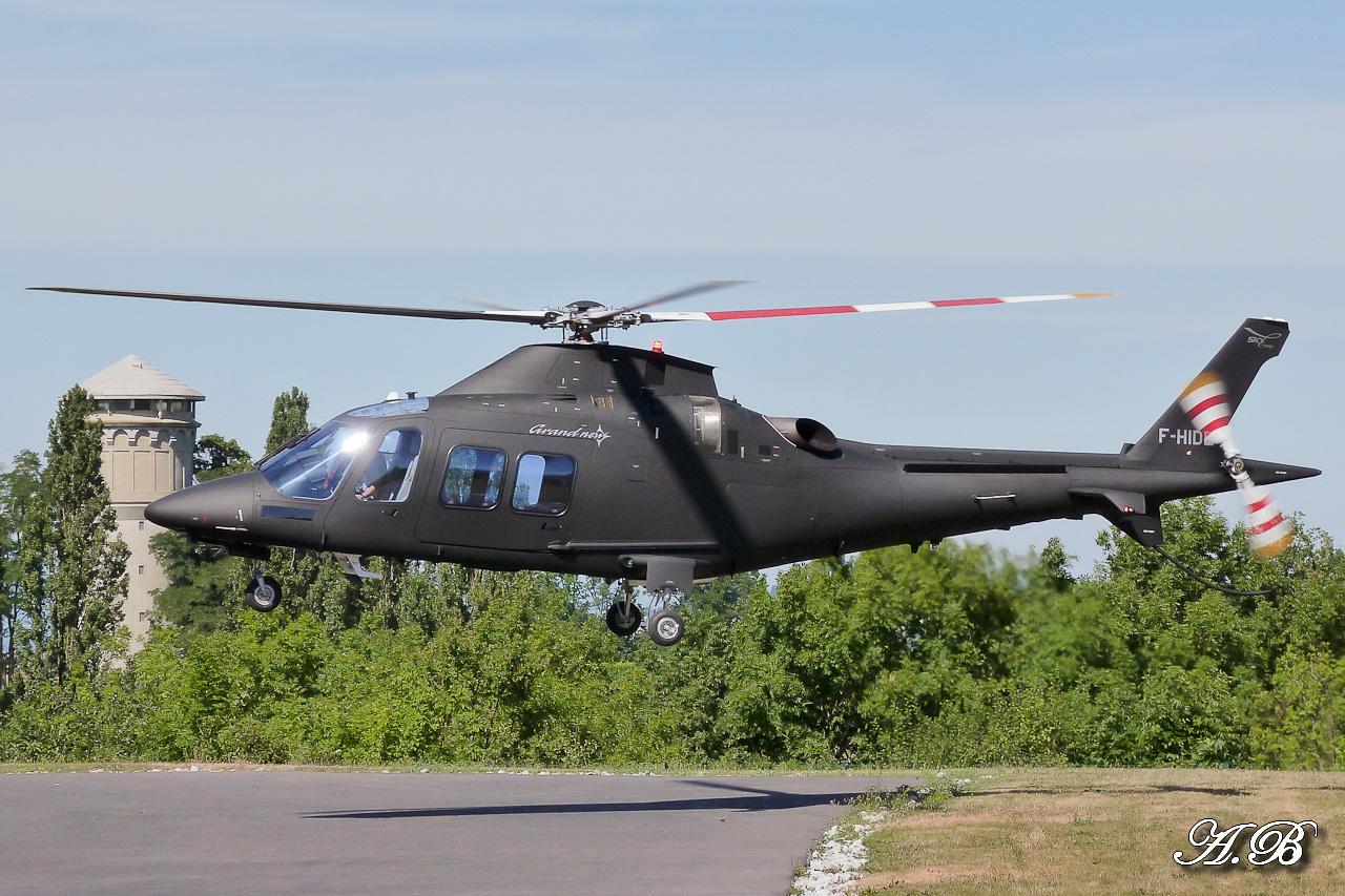 [29/07 - 16/08/2012] : Annemasse, Courchevel, Annecy, Chamonix... : Hélicos et avions dans les Alpes , le retour! 12082808215615267110256087