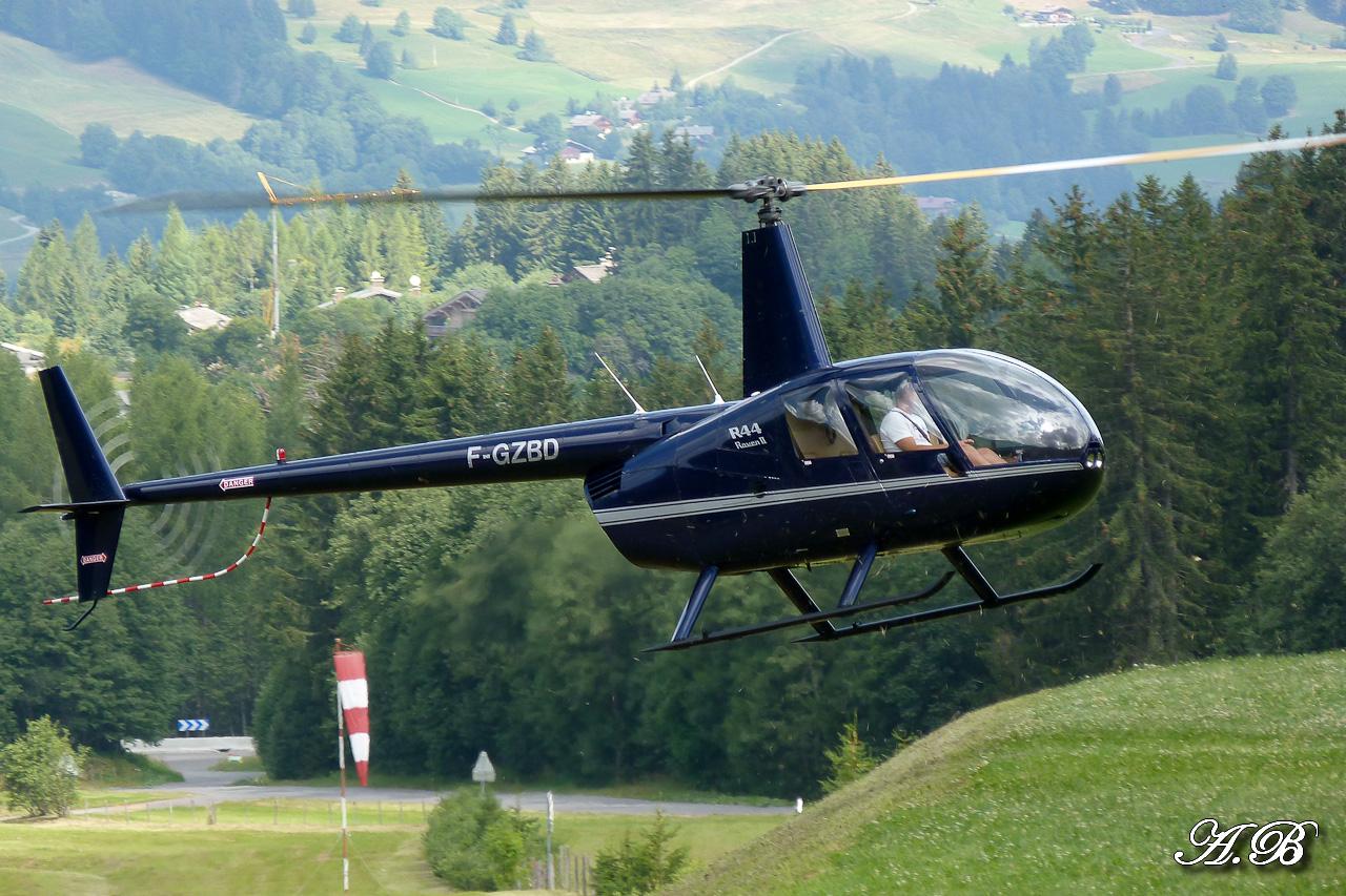 [29/07 - 16/08/2012] : Annemasse, Courchevel, Annecy, Chamonix... : Hélicos et avions dans les Alpes , le retour! 12082810184715267110256570