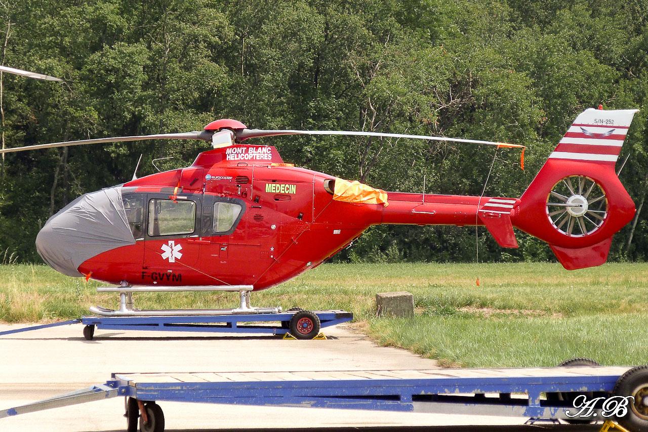 [29/07 - 16/08/2012] : Annemasse, Courchevel, Annecy, Chamonix... : Hélicos et avions dans les Alpes , le retour! 12082912264015267110256950