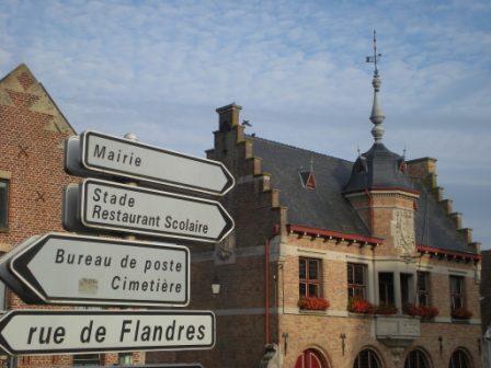 Tweetalige verkeersborden in Frans-Vlaanderen - Pagina 8 12090310072214196110280244