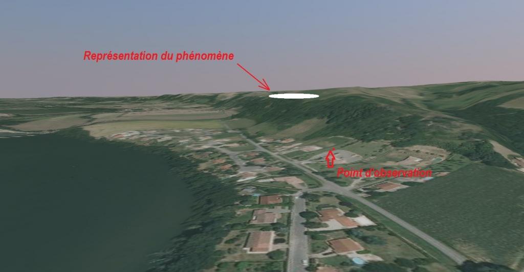 2012: Le 02/09 vers 4h00 - Forme circulaire dans le ciel avec des lumiéres - Gensac-sur-Garonne (31) 12090611390512907410288359