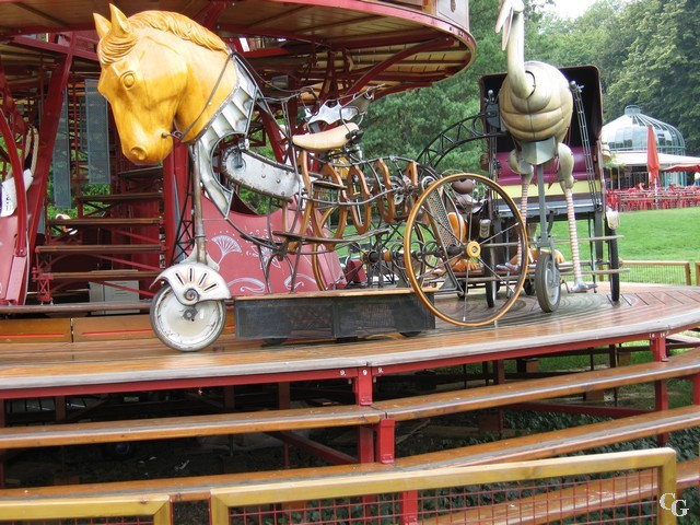Le Carrousel du Jardin Botanique de Genève 1209091113151858210301168