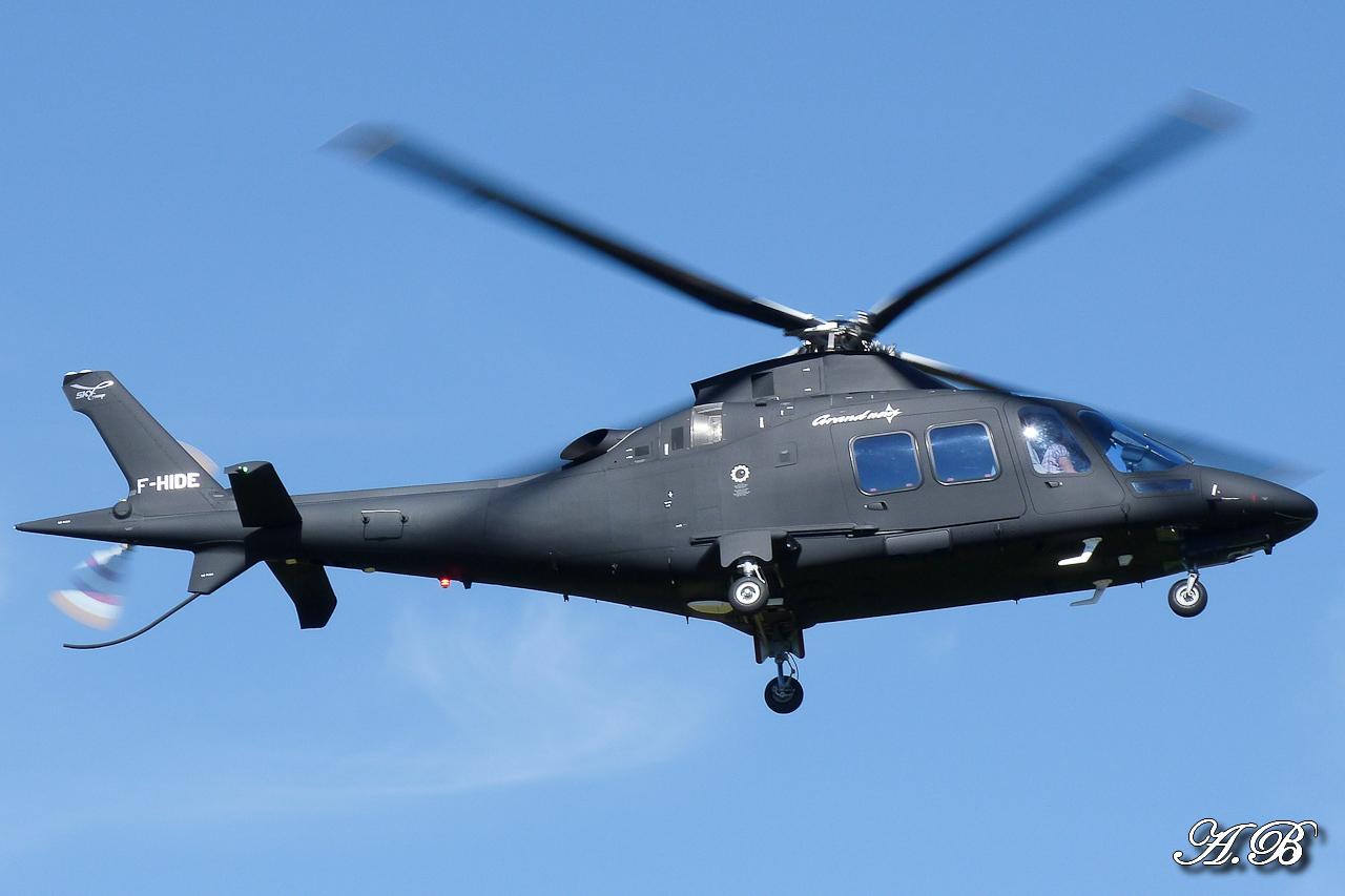 [29/07 - 16/08/2012] : Annemasse, Courchevel, Annecy, Chamonix... : Hélicos et avions dans les Alpes , le retour! 12091012481215267110301282