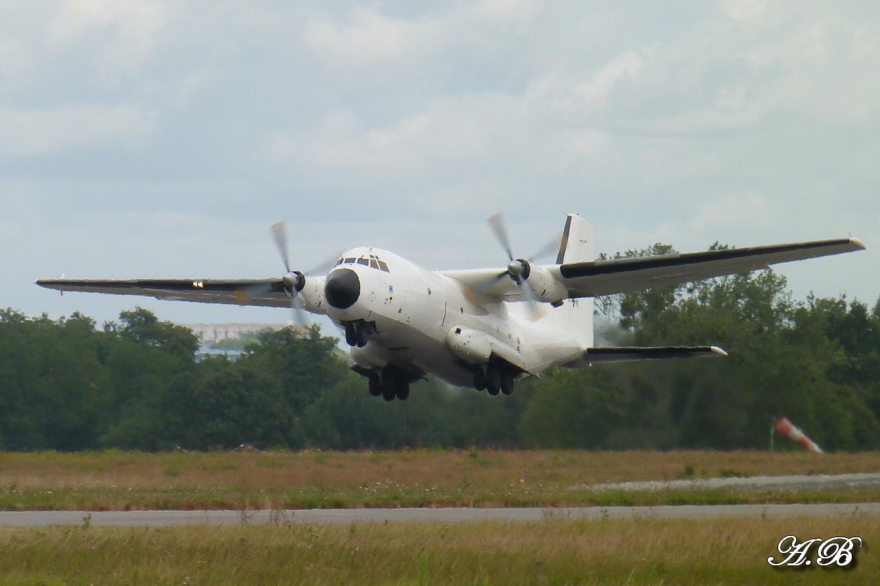 "[12/09/2012] Transall C160 (51+15) German Air Force : livrée ""Albinos"" 12091302073915267110312403"