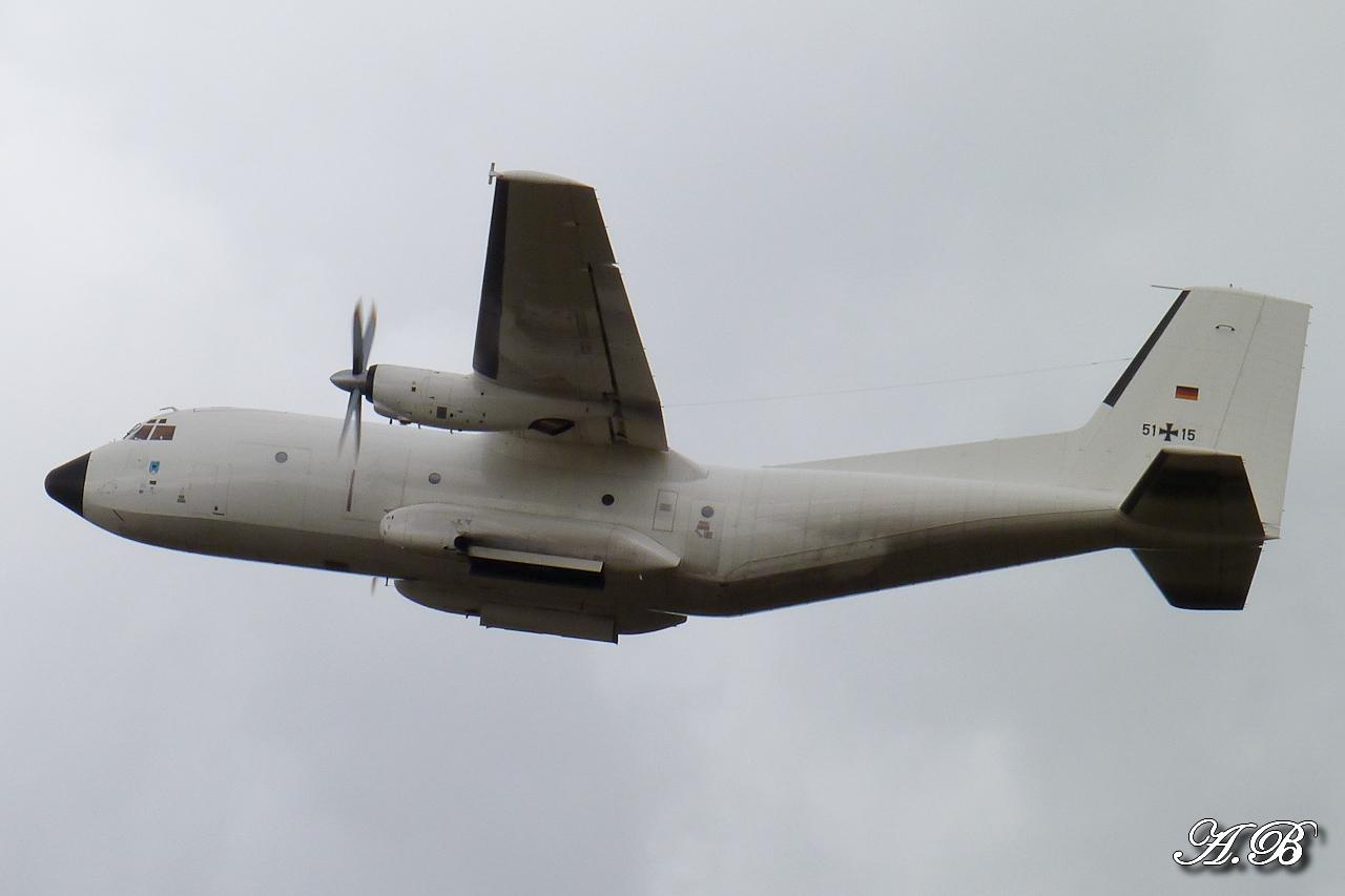 "[12/09/2012] Transall C160 (51+15) German Air Force : livrée ""Albinos"" 12091302074015267110312406"