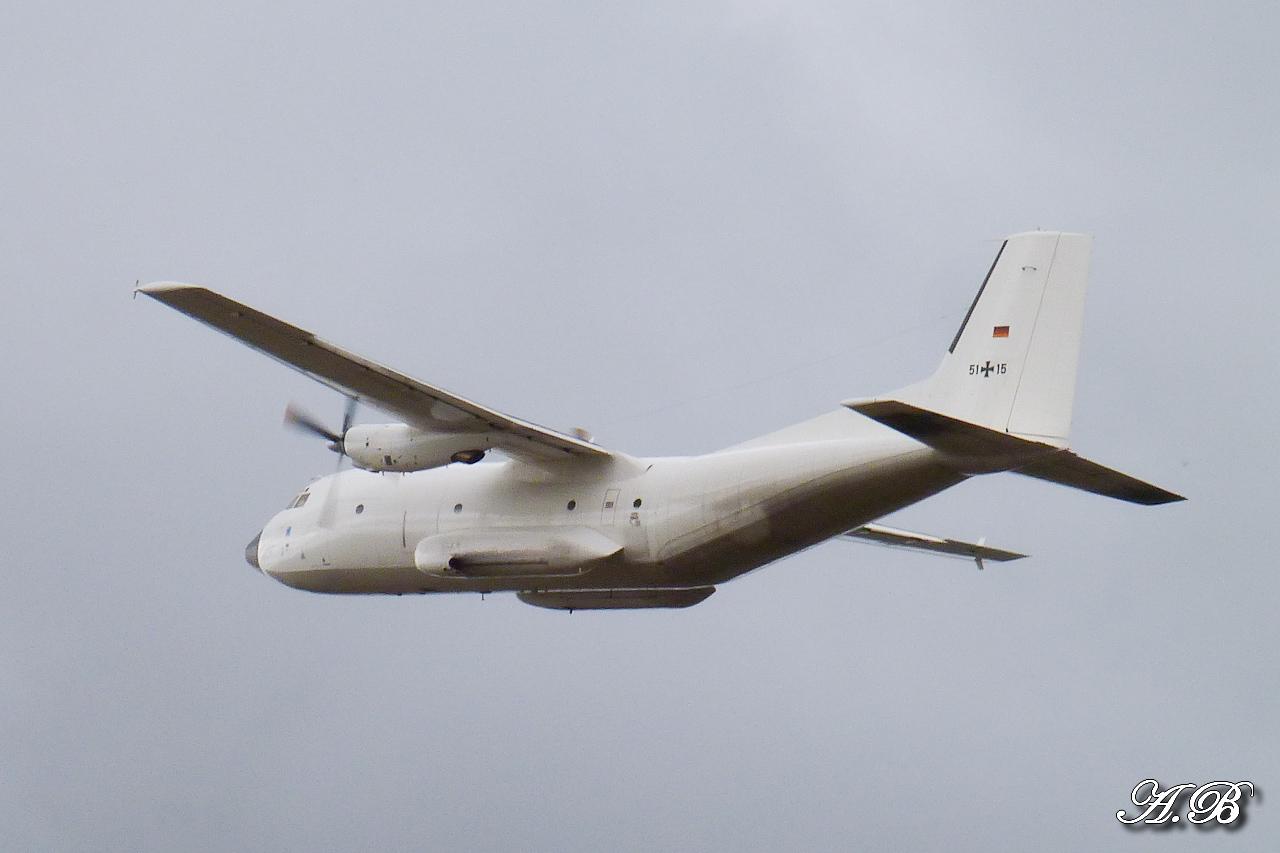 "[12/09/2012] Transall C160 (51+15) German Air Force : livrée ""Albinos"" 12091302074015267110312407"