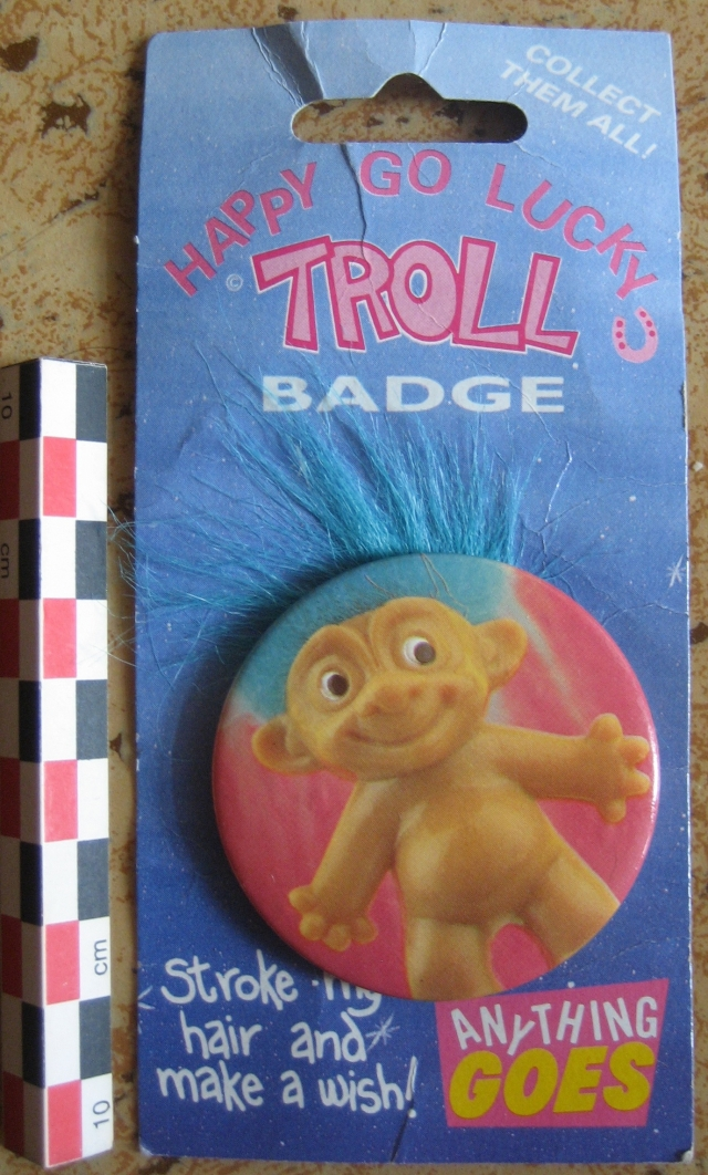 Pins, broches et badges trolls (Made In China-sans marque) 12092106462515254110345017