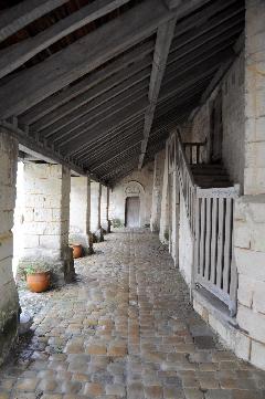 sites proches - Fontevraud l'église